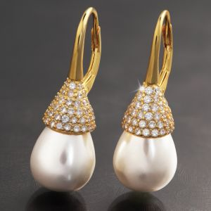 Drop Pearl Earring Collection - Gold